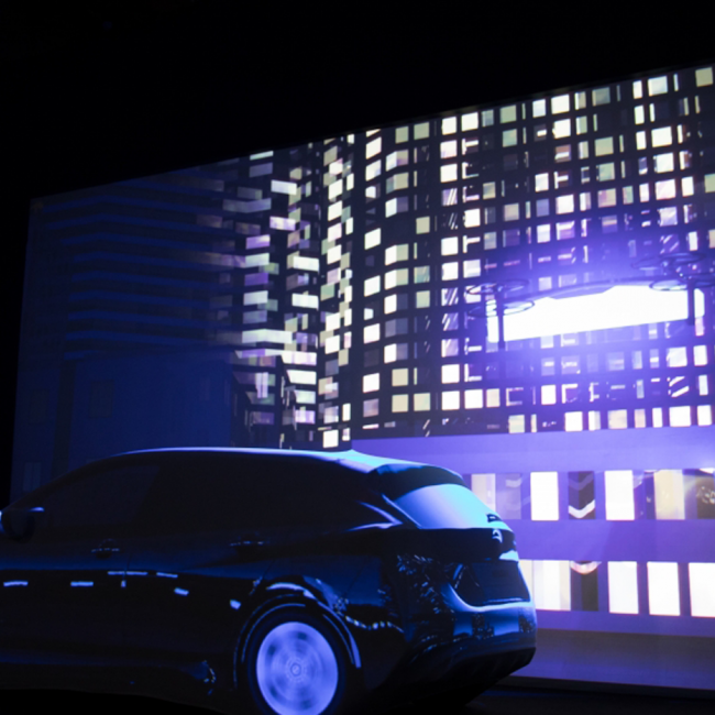 Nissan Leaf – Projection Mapping